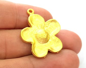 Gold Flower Pendant Gold Plated Pendant (31x25mm) G8253