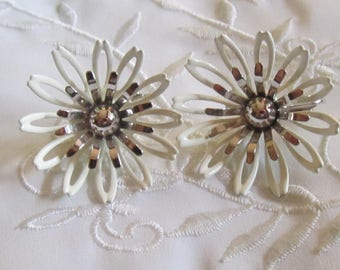 Vintage White Enameled and Silver Tone Petaled Flowers on Clip On Earrings by Sarah Coventry