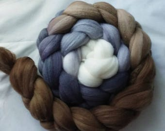 "Hand Dyed Merino/Silk Top 4 Oz.""Pebbles Gradient"""""