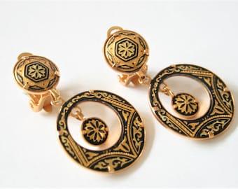 Vintage Toledo earrings.  Clip on earrings. Black and gold earrings