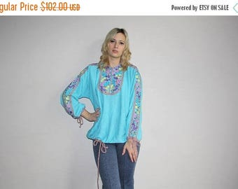 FLASH SALE - Vintage 70s Embroidered Bright Blue Rainbow Floral Hippie Knit Shirt - 1970s Tops - 70s Clothing - WV0095
