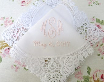 Wedding Hankerchief/Wedding Handkerchief/Hankerchief for the Bride/Mother of the Bride/Mother of the Groom/Monogram with Date