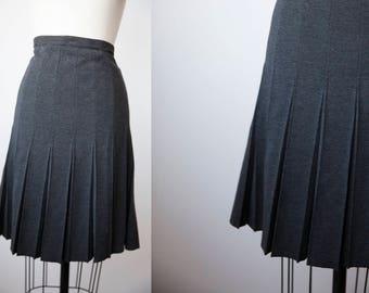 Vtg Charcoal Knit Pleated High Waist Skirt Dark Gray Knee Length S