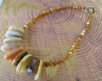 Natural Toned Agate Slice Round Agate And Crystal Beaded Statement Necklace