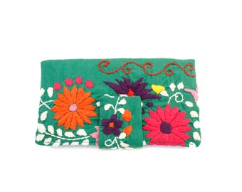Mexican Embroidered Wallet Chantel in Kelly Green