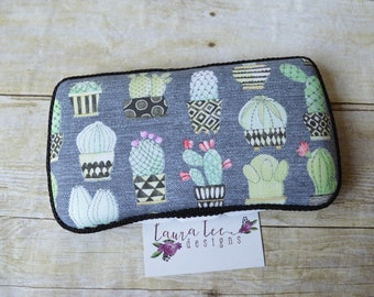 READY TO SHIP, Cactus Travel Baby Wipe Case, Personalized Case, Boho Baby Shower Gift, Wipe Holder, Diaper Bag Wipe Clutch, Wipe Holder
