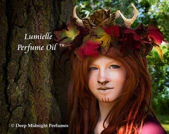LUMIELLE™ Perfume Oil - Amber, Birchwood, Blackberries, Ivy, Dried Grasses, Honey, Lemon - Realms of the Fae Folk™ Perfume Series