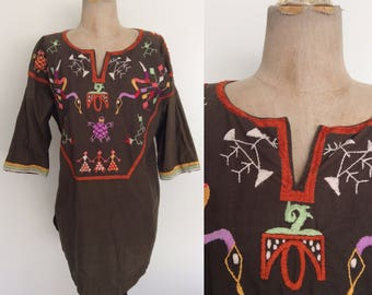 1970's Embroidered Olive Green Cotton Boho Top Vintage Shirt Size Large XL by Maeberry Vintage