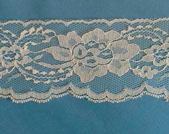 Floral Blue Lace Sewing Trim 8 Yards by 3  Inches Wide L0623