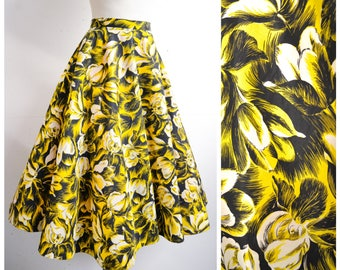 1940s Yellow & black Iris print taffeta evening skirt / 40s 50s flower printed full circle skirt - M