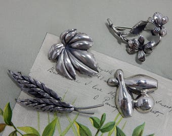 4 Signed Sterling Silver Brooch Pin Lot:  NAPIER BEAU JEWELART