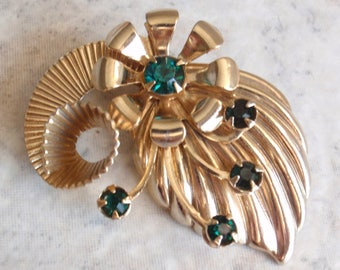 Green Rhinestone Brooch Gold Abstract Corrugated Stylized Iskin Style Vintage 081414SD