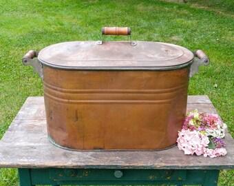 Antique Copper Boiler / Vintage Wash Tub / Large Copper Lidded Bucket / Farmhouse Decor / Country Wedding / Large Planter