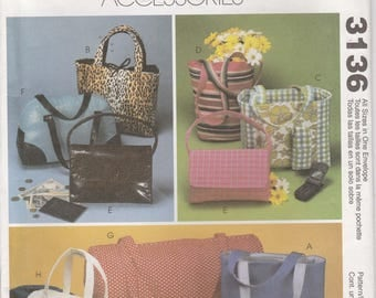 Shopping Bag Pattern Tote Purse Bucket Bag, Barrel Bag Uncut McCalls 3136