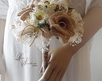 Will ship in 5 days ~ Small Daisy and Burlap Bridesmaid Bouquet