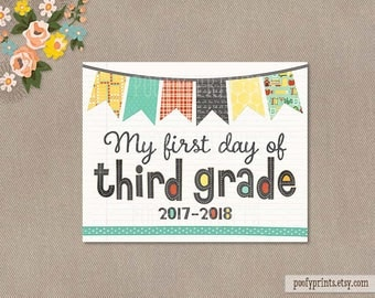 First Day of 3rd Grade Notebook Printable Sign - 8 x 10 Printable First Day of Elementary School Sign - INSTANT DOWNLOAD - 503