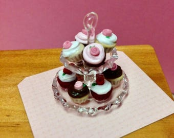 Miniature Cupcake Double Tier A - 1:12 Scale