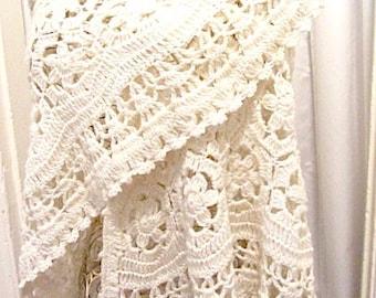 Vintage crochet shawl, cream shawl, wedding shawl, summer shawl, large shawl, festival shawl, concert shawl, lovesknitting, hippie shawl
