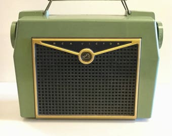Vintage 1950s RCA VICTOR PORTABLE Radio // Light Green, Gold, and Black // with Handle