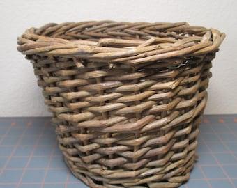 Vintage Round Twig Basket