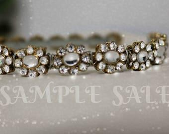 crystal Daisy Chain headband . wedding crown . bridal headpiece. Daisy Wedding Wreath . Gold Crystal headpiece . Bridal crown .