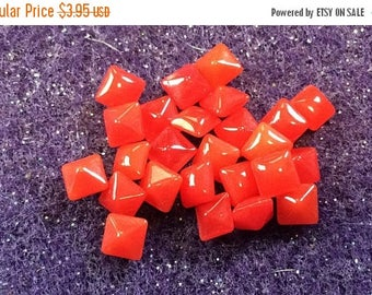 SPECIAL Vintage Red Square Cabochons Glass 4mm QTY - 20