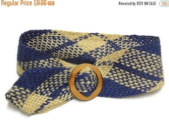 40% OFF NOW 30 Percent OFF: Vintage Hemp Woven Belt in Cream and Blue / Size Sm/Med, Seventies Hippie Belt, Boho Hemp Belt, Wooden Buckle Ci