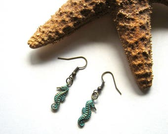 Patina Seahorse Earrings - Summer earrings, Seahorse, Brass, Beach earrings, Small earrings, Patina, Ocean, Lightweight, Nature inspired