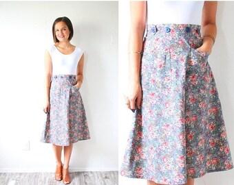 40% OFF CHRISTMAS in JULY Vintage floral 1950's bohemian skirt // Xs spring summer floral skirt // garden flowered midi skirt // boho navajo