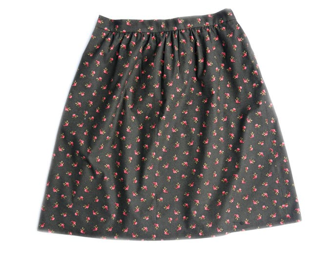 kneelength cotton skirt with red lining in dark brown with red roses, elastic back waist, victorian reproduction fabric