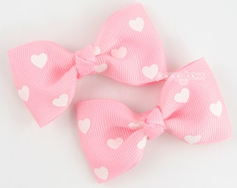 Heart hair bows, pink hair bows, light pink hearts, hair clips, pigtail hair bows, baby clips, girls hair clips, girls hair bows, pinched