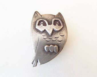 Vintage Midcentury Pewter Owl Brooch by Metzke - Quizzical Little 1960s Modernist Bird Wants to Perch on You