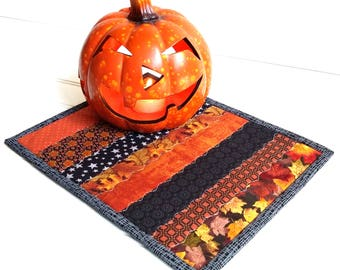 Fall Mug Rug, Quilted Candle Mat, Fall Colors, Halloween, Orange Black