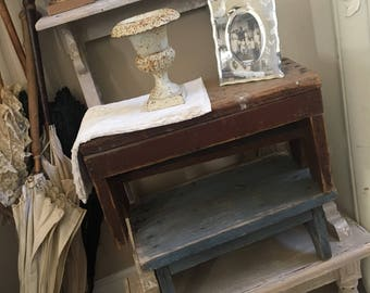 Vintage Old Primitive Wooden Stool Foot Stool Bench - Shabby Chic - Cottage Chic - Plant Stand - French Market - Farmhouse