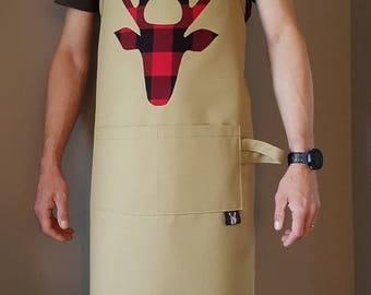 Tablier pour homme / Tête de chevreuil / Tissu à careaux / Apron for men / Deer head /  Checked fabric