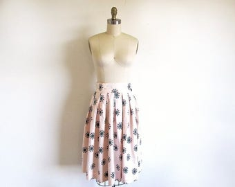 1/2 Off SALE Vintage Mid Century Cotton  50s Print Skirt