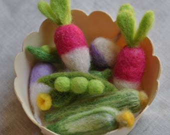 Felted Spring Vegetables in basket  - Set of 10  pieces