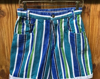 Vintage 90s High Waist Mom Jeans / 90s High Waist Striped Denim Shorts by Kikomo Size 11/12