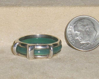 Vintage Unique Signed Sterling Silver Chrysoprase Ring 1970's Size 7 3/4 Jewelry 11302