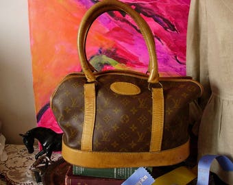 Ultra RARE Vintage Authentic LOUIS VUITTON Small Saks Fifth Avenue French Company Sac Chien Pet Dog Cat Carrier Tote Luggage Charming