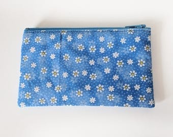 Zippered Coin Purse with Blue Daisy Print and Card Slot