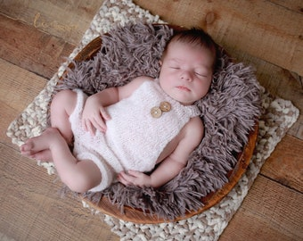 White Mohair Overalls Romper, boys romper, bebe, foto, fotografia, boy photoshoot, bebe nino foto, knitted romper by Lil Miss Sweet Pea