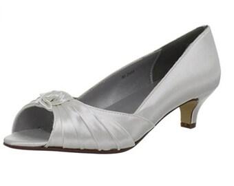 SALE Wedding Shoes Bridal Dyeable Becky Benjamin Walk