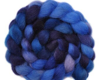 Handpainted roving - Icelandic wool spinning fiber, 3.6 ounces - Deep Pool