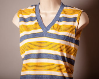 Vintage 70s 80s Womens Sleeveless Top - Queen Casuals