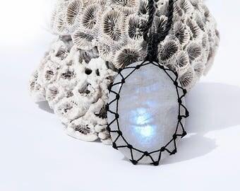 Boho Women gifts, Moonstone pendants, Iridescent necklace, White pendant necklace, Moonstone jewelry, White stone necklace, Rustic jewelry