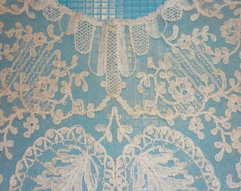 """1  Antique FRENCH Bobbin Lace Collar, Shawl...Handmade Lace ...Perfect Condition...19"""" by 25"""""""
