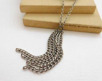 Retro Minimalist Silver Tone Chain Tassel Pendant Layering Necklace MM48