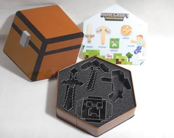 5 Minecraft Metal Cookie Cutters w/ Tin Sword-Pickaxe-Creeper-Cookie-Player