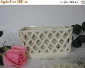 30% Off Clearance Sale Vintage White Lattice Work Flower Vase Planter Box- Home & Bathroom Decor